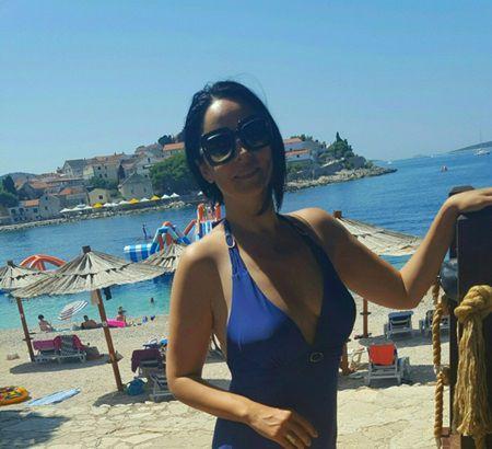 Imagini inedite cu Andreea Marin la plaja!