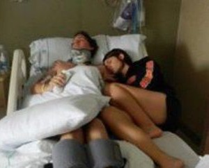 A refuzat sa-si deconecteze sotul de la aparate, desi era de 3 ani in coma. Apoi l-a auzit spunand…