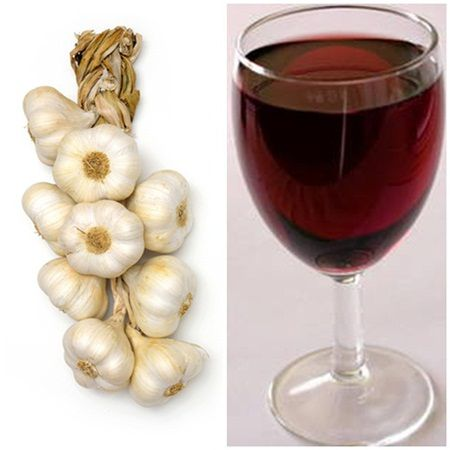 A pus 12 catei de usturoi in vin si apoi a baut. Nimeni nu se astepta sa pateasca ASTA