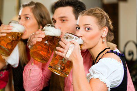 10 motive pentru a bea bere