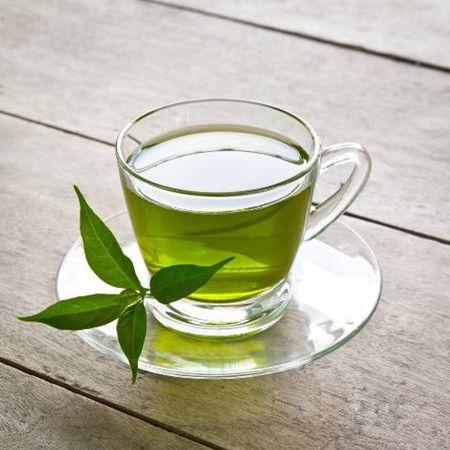 Trei cesti de ceai verde pe zi te ajuta sa slabesti