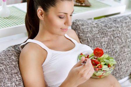 5 alimente care previn greata in timpul sarcinii