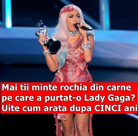 Mai tii minte rochia din carne pe care a purtat-o Lady Gaga? Uite cum arata dupa CINCI ani