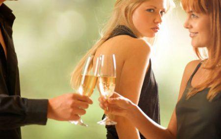 Cum reactioneaza femeile la infidelitate in functie de zodie