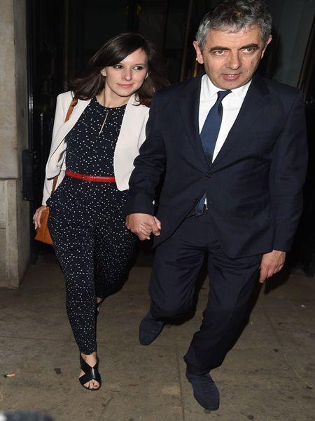 E uimitor cat de frumoasa e iubita lui Mr. Been. Vezi cum arata femeia care l-a cucerit pe Rowan Atkinson