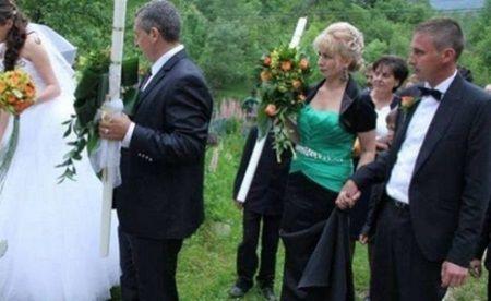 A impresionat o tara intreaga! Gestul facut in cimitir de o mireasa chiar in ziua nuntii ei