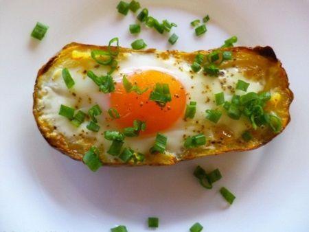 Cartofi la cuptor cu oua