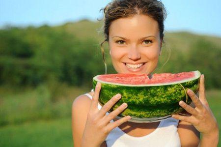 De ce femeile insarcinate ar trebui sa manance pepene verde?