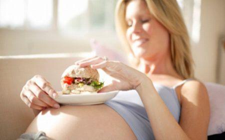 Trucuri pentru a controla pofta de mancare in timpul sarcinii