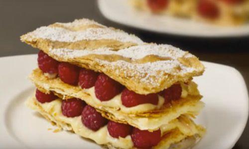 "Prajitura frantuzeasca ""Mille Feuille"". Un desert simplu, absolut delicios"