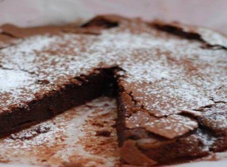 Prajitura cu ciocolata care a devenit virala! Se prepara din doar 3 ingrediente