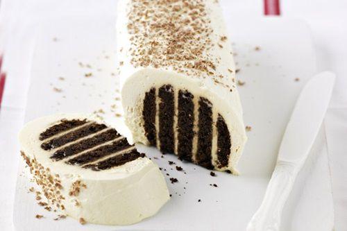"""Prajitura """"Explozie dulce"""": Cu doar cinci ingrediente, fara coacere, faci un desert delicios si rapid"""