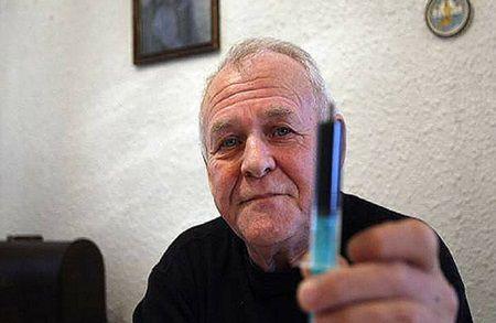 Acest om a vindecat 5.000 de oameni de cancer. Cum arata reteta care ucide tumorile in 90 de zile