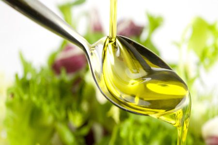 Uleiul de masline, leac miraculos pentru cancer, inima si alte probleme