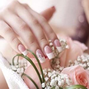 5 modele de unghii pentru nuntile de primavara 2016